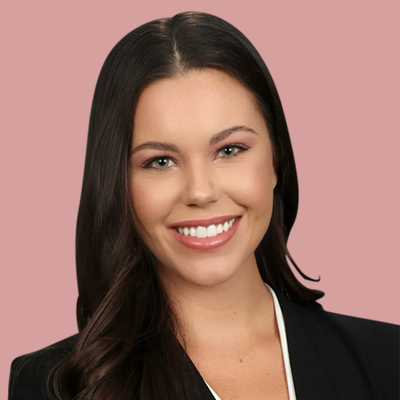 attorney-natalie-hollis